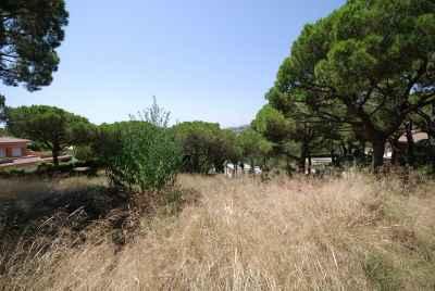 Земельный участок в Испании рядом с Барселоной с готовым проектом под строительство